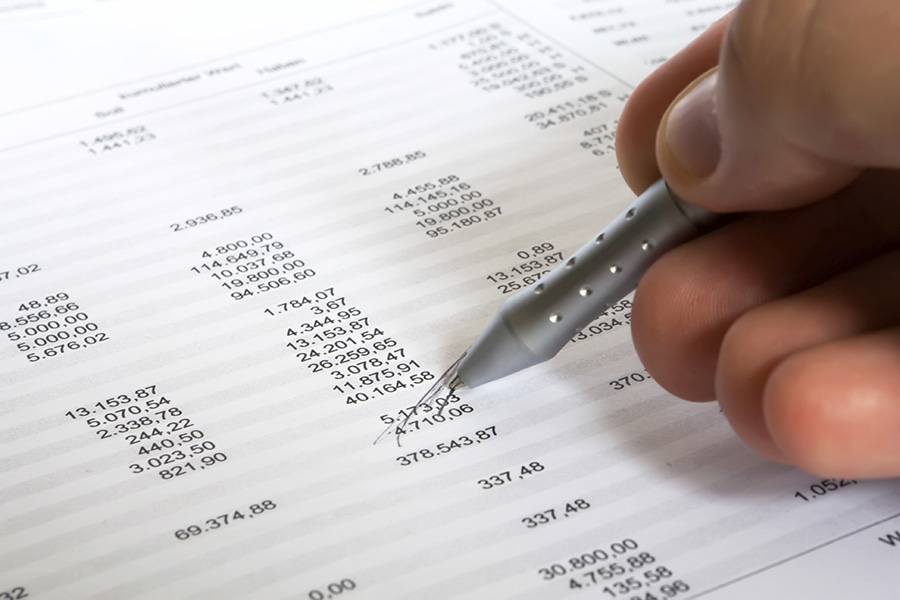 Crossing out data on budget